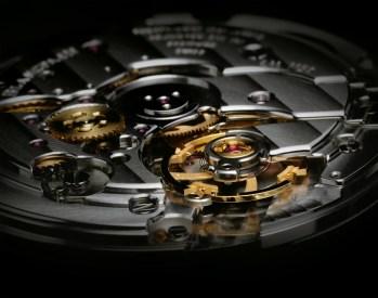 Movimiento: mecánico automático Calibre 1315 versión masculina (1150 mujeres) // 30.6 mm de diámetro y 5.65 mm de espesor, 227 piezas, 35 rubíes, 120 horas de reserva de marcha.
