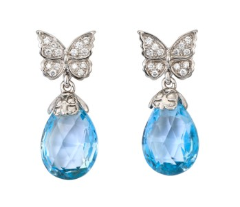 DA10442 020804 Baile de Mariposas earrings in white gold, blue topaz and diamonds