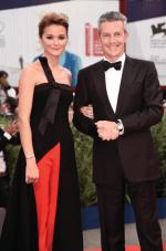 Daniel Riedo, CEO de Jaeger-LeCoultre y la actriz Nadezhda Mikhalkova.