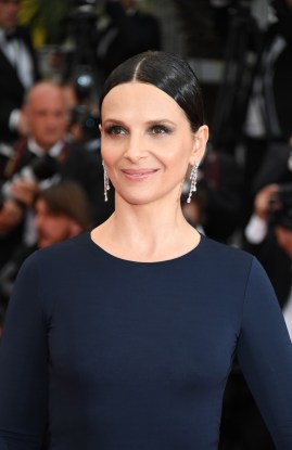 Baja-Juliette_Binoche_in_Chopard_-_May_13_2016_
