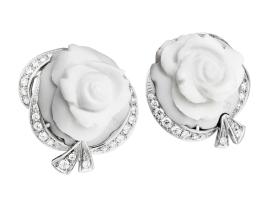 High Jewellery La Rose de la Reine-3