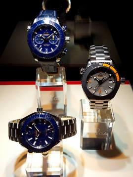 Omega-Seamaster-Planet-Ocean-Deep-Black-GMT-watch-56