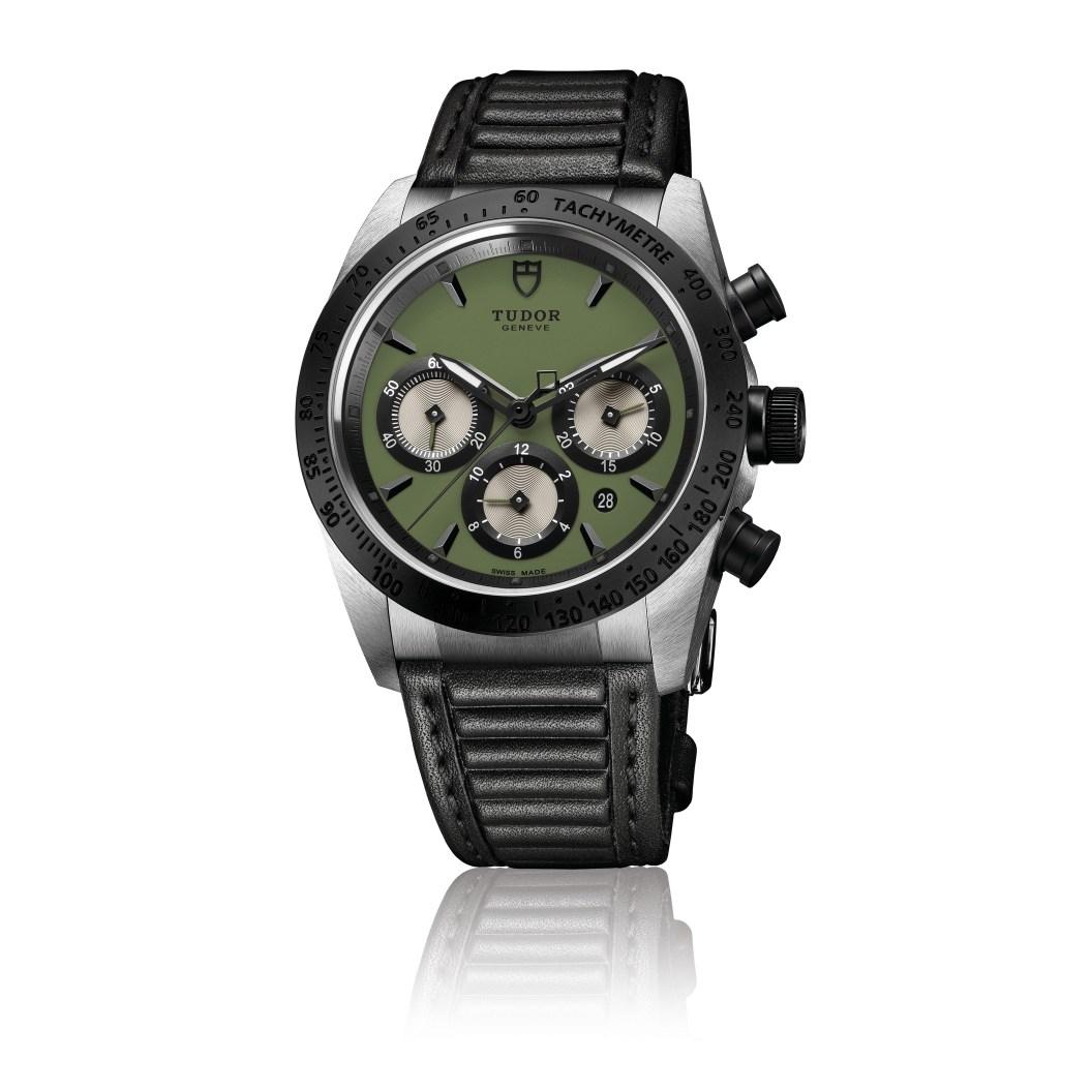 tudor_fastrider_chrono_m42010n-0004_green_leather_black