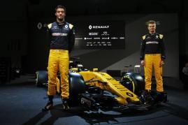 Bell-Ross-Renault-F1-2017-16
