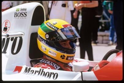 TAG-Heuer-Ayrton-Senna-2017-