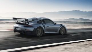 Porsche-GT2-RS-1