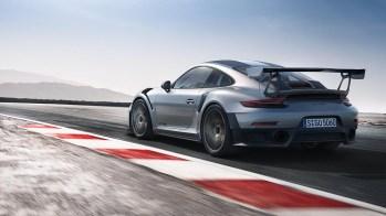 Porsche-GT2-RS-2