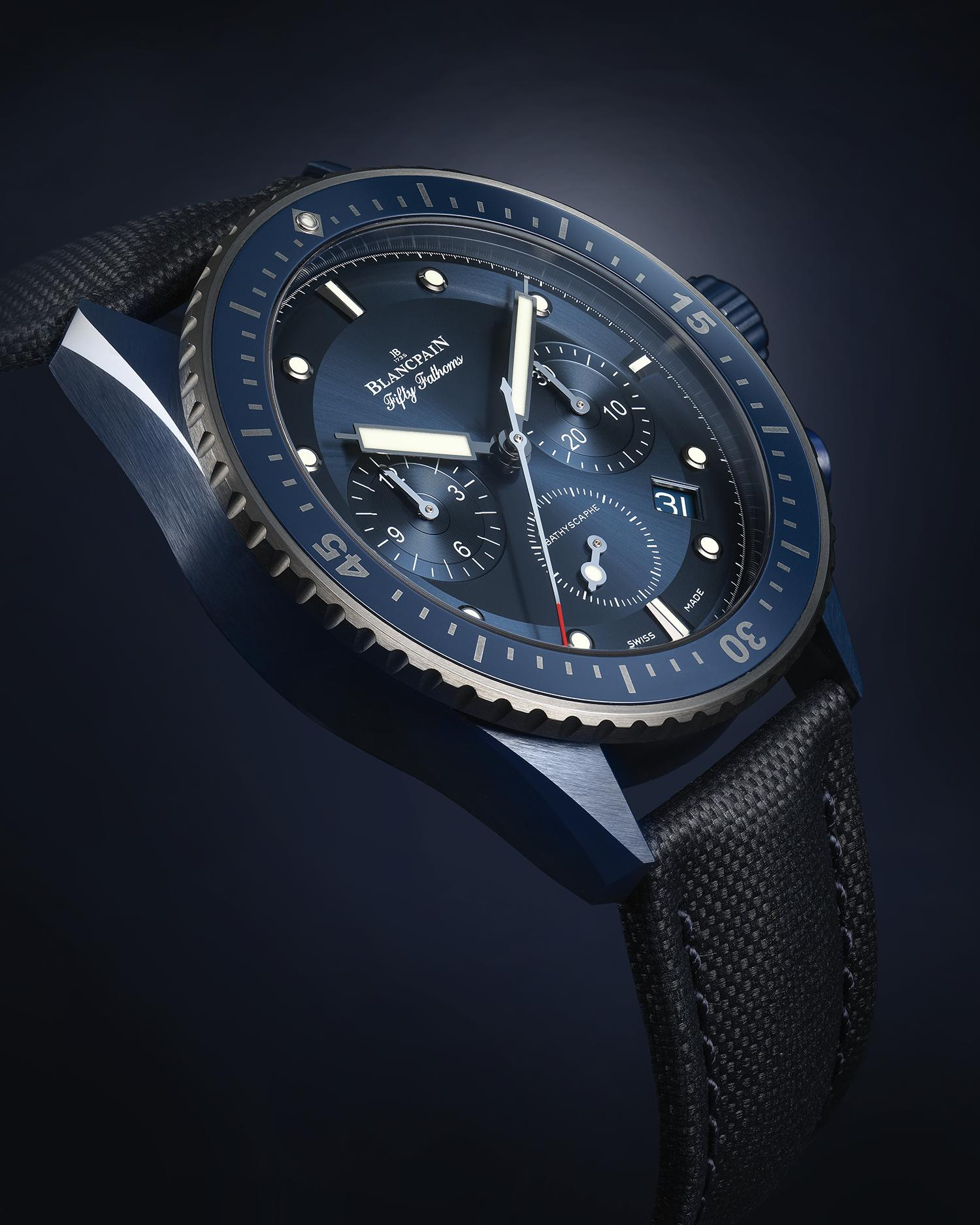 Blancpain Fifty Fathoms Bathyscaphe Bucherer Blue Edition oblique