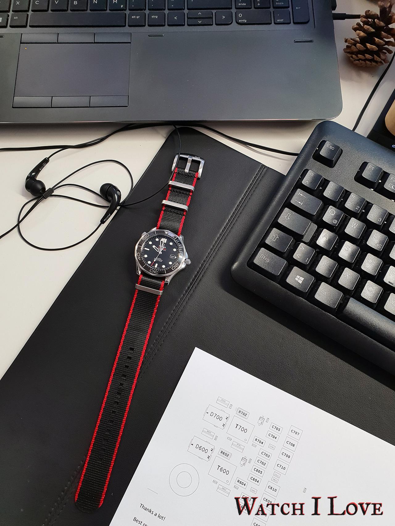 Watchbandit Nato Strap Black & Red | WB Original