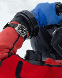 Ice-Diving-with-Pelagos-9