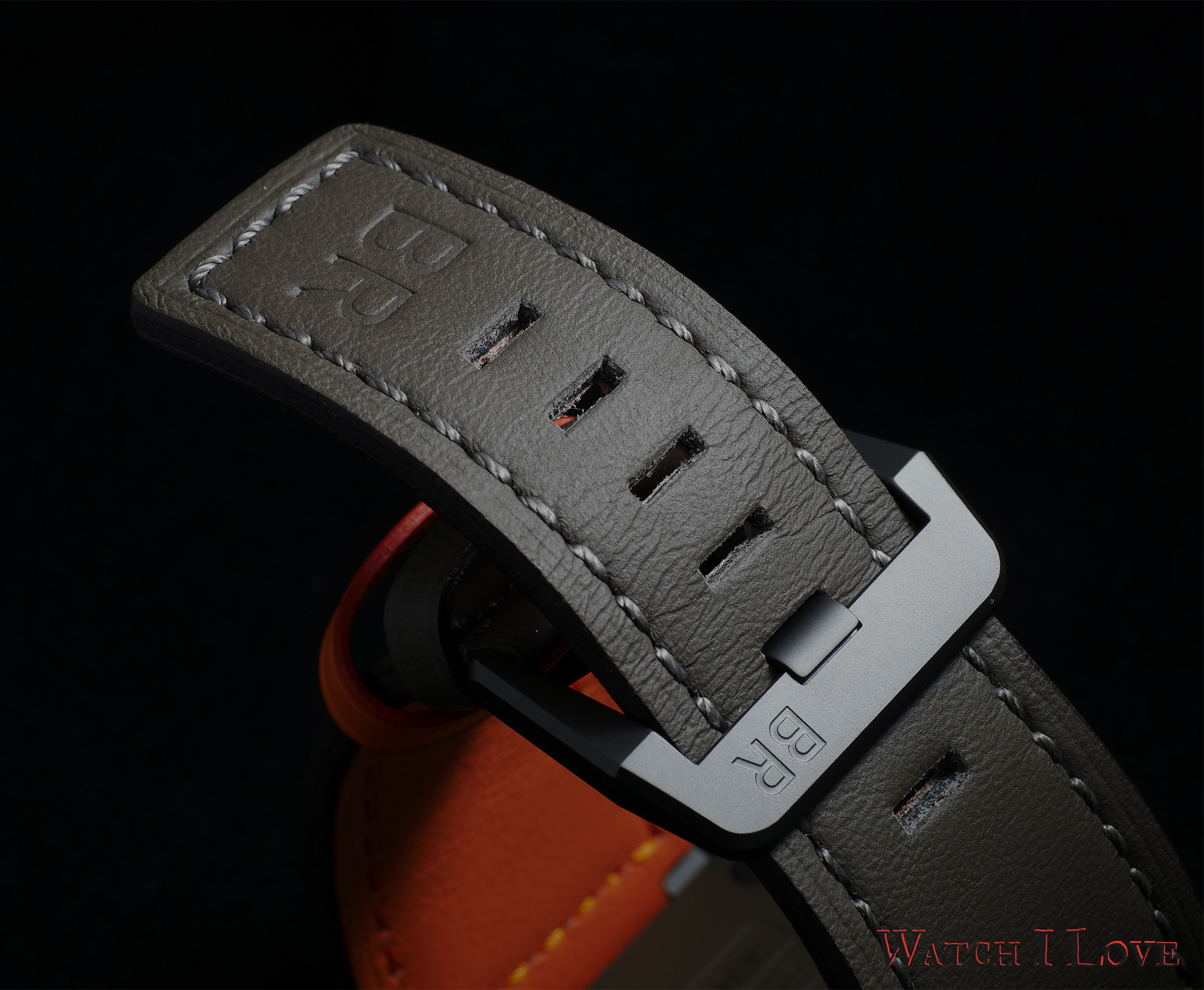 Bell & Ross BR 03-92 MA-1 strap and buckle