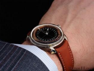 MING 19.02 Worldtimer on the wrist