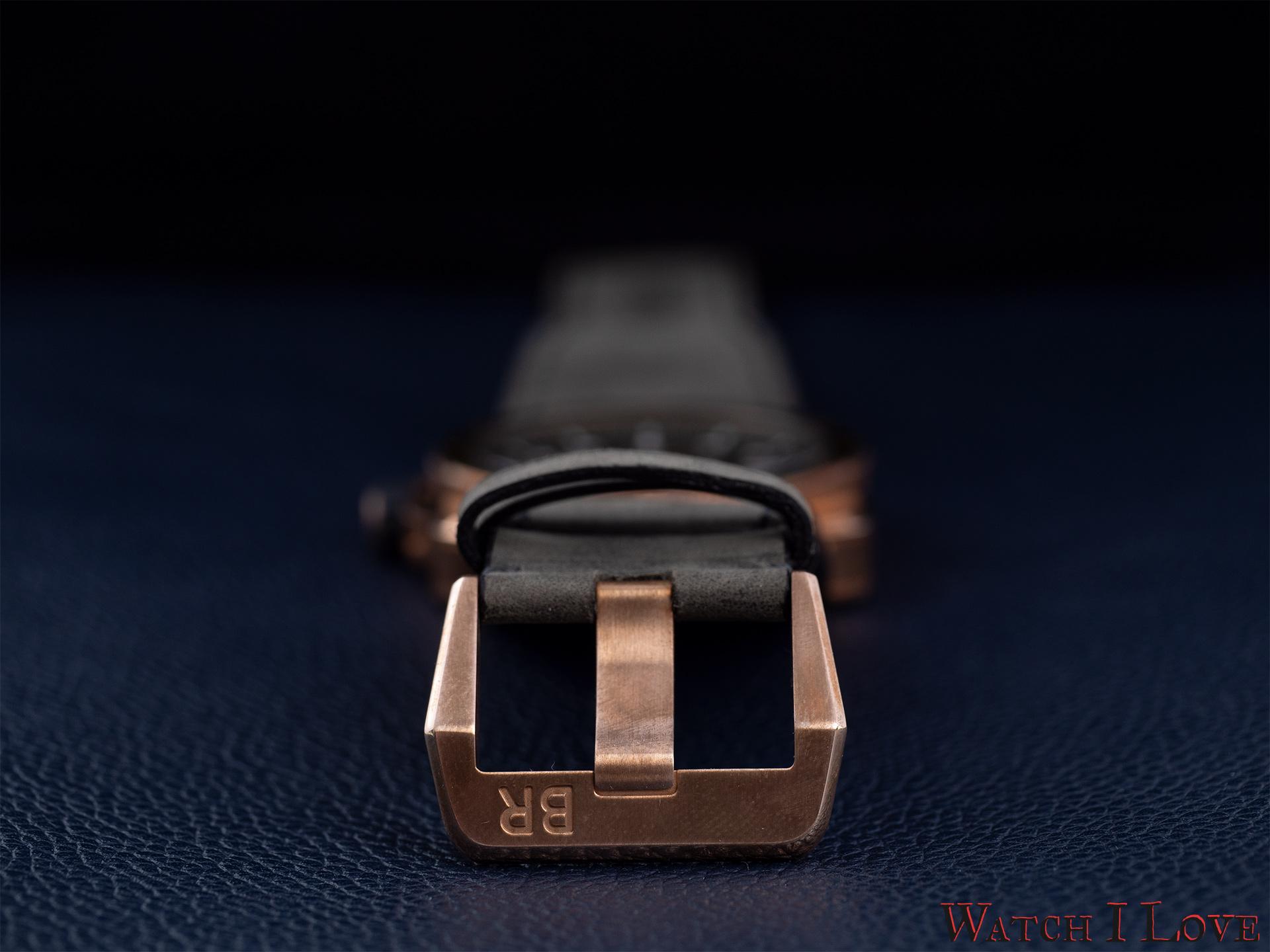 Bronze pin buckle