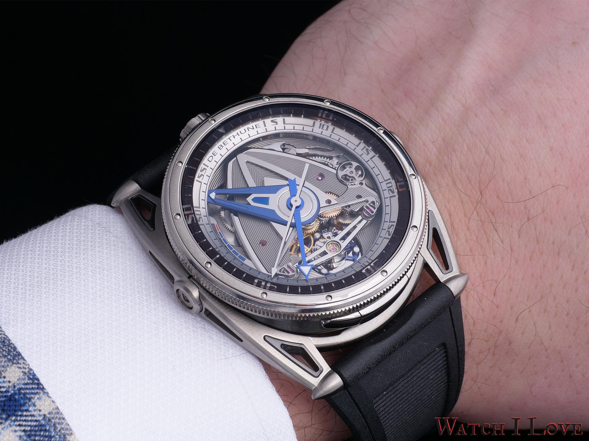 De Bethune DB28GS Grand Bleu on the wrist