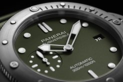 Panerai Submersible Verde Militare - 42mm PAM01055