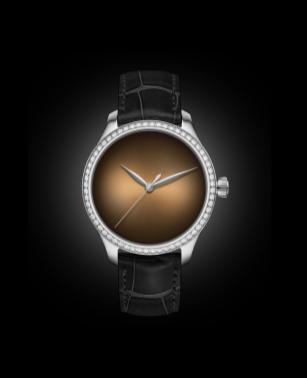 endeavour_centre_seconds_concept_diamonds_dubai_limited_edition_1200-1212_soldat_glow