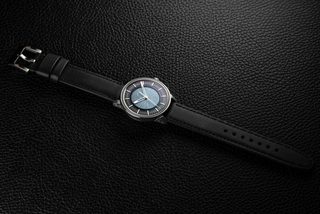 "Lundis Bleus Ref. 1110-MA ""Concrete Grey – Black"""