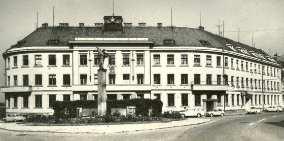 Egy Csehszlovák gyártmányú Prím sportkaróra felújítása 2432dee73e
