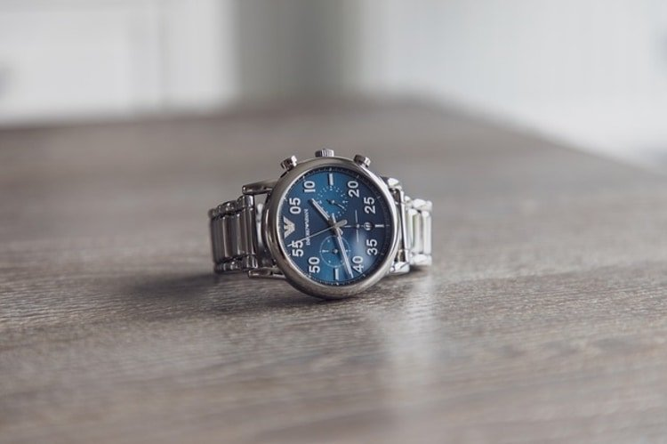 blue chrono dial watch