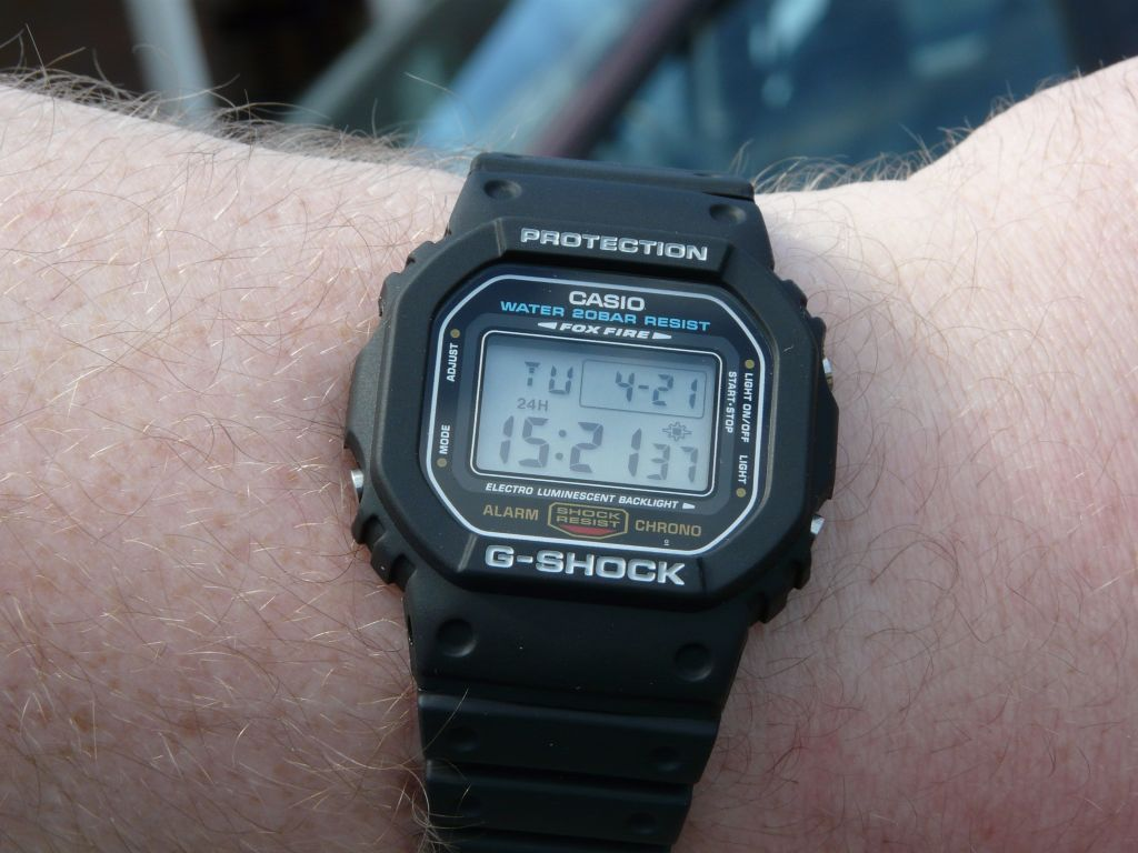 Casio G Shock DW5600E 1v Wrist Watch Men Sports Chronog