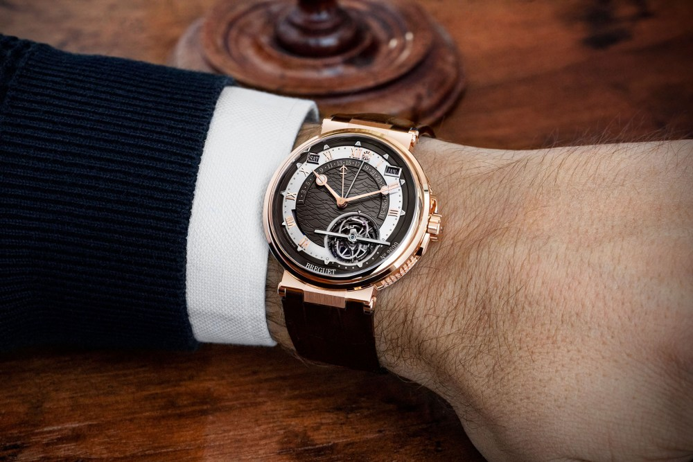 Marine Tourbillon Équation