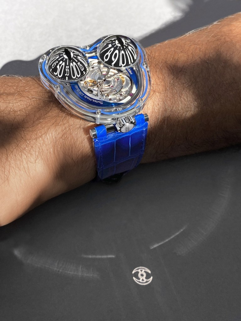 MBandF FrogX Blue Lifestyle1 Lres 768x1024