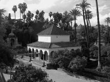 Real Alcazar gardens Sevilla BW DSCN1441 bw