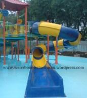 waterpark , seluncuran waterboom , waterslide , ember tumpah (13)
