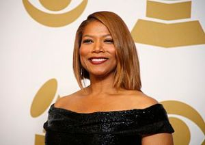 Queen_Latifah_in_Red_Carpet_Grammy_2015
