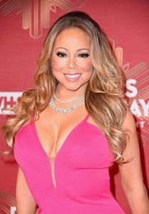 mariah-carey-2016-vh1-s-divas-holiday-unsilent-night-in-new-york-1_thumbnail