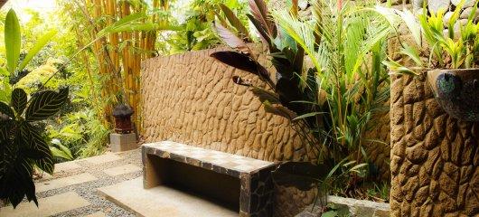 Enterance to the Jade Spa Villa