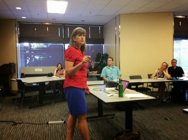 Mary Ann Aschenbrenner delivering a WordPress presentation