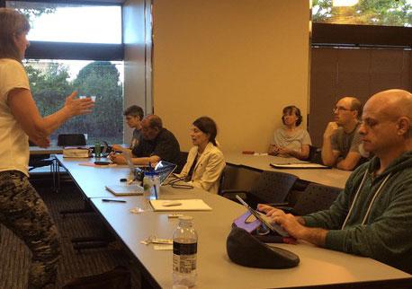 Mary Ann Aschenbrenner leading a Portland WordPress MeetUp.