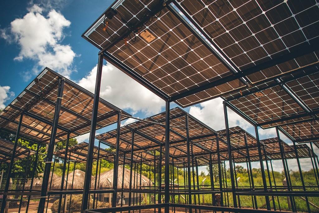 Large-scale solar arrays in Bidi Bidi refugee settlement