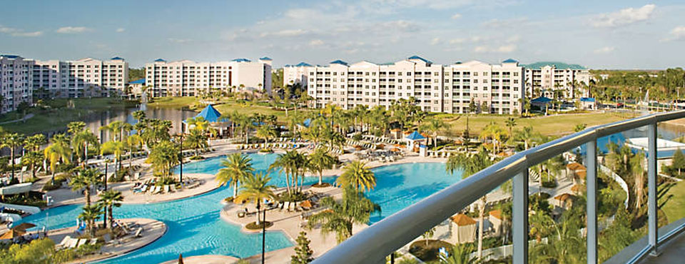 bluegreen-the-fountains-view-large-pool-area-hotel-background-wide