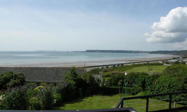 Waters Edge 1 Amroth Apartment Reservations In Amroth At
