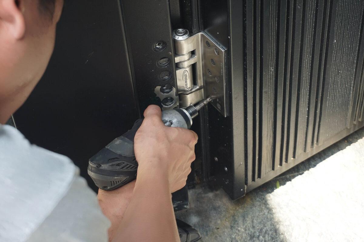 Heavy-duty closer hinge-K51L3D