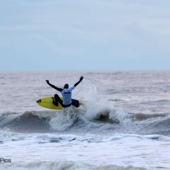 Tom Boelsma, Ripstar New Years Surf