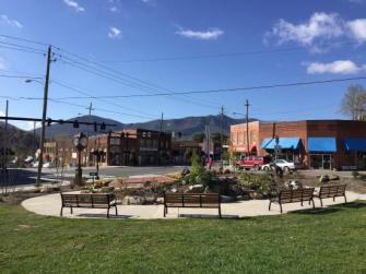 black-mountain-town-square