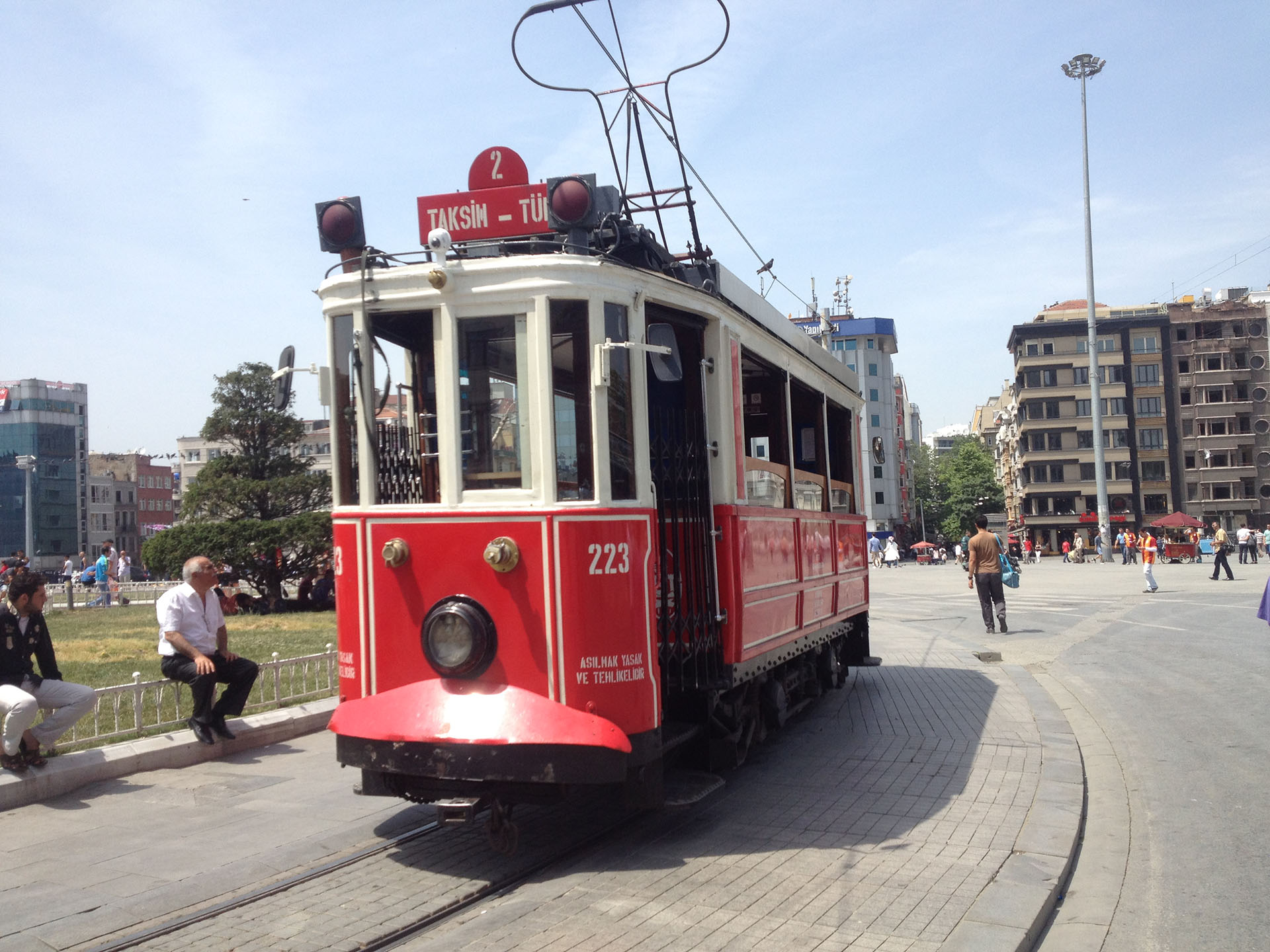 Istanbul, Turquie, tramway place Taksim