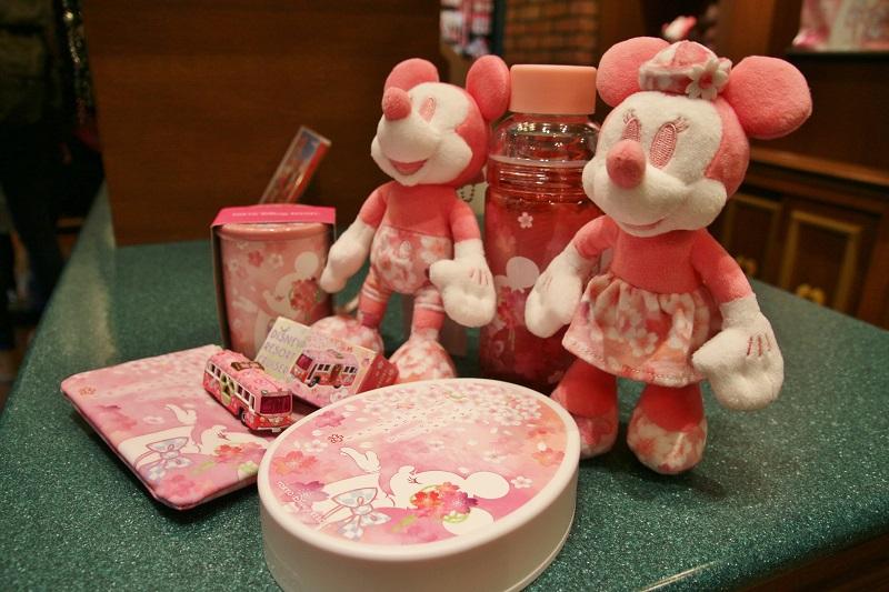 2月1日起販售的櫻花系列商品種類豐富