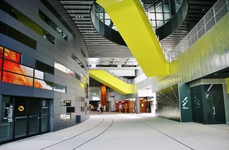2樓公共空間隨處可見鐵軌的痕跡