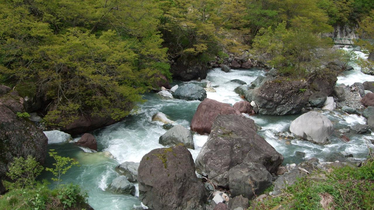 小瀧川翡翠峽