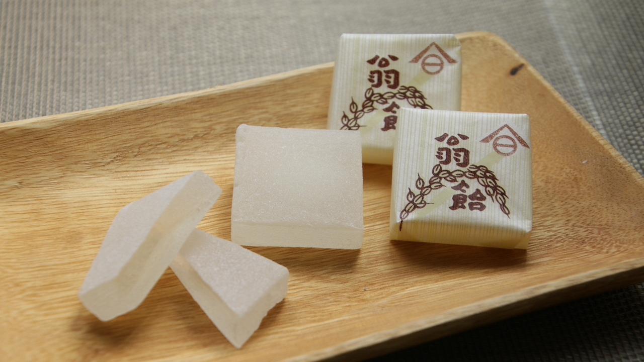 「翁飴(Okina-ame)」是該店的招牌商品之一