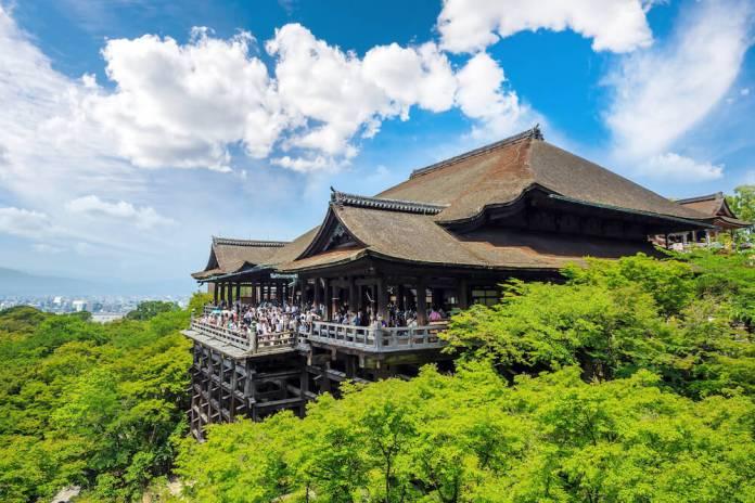 Kiyamizu-dera Spring Season