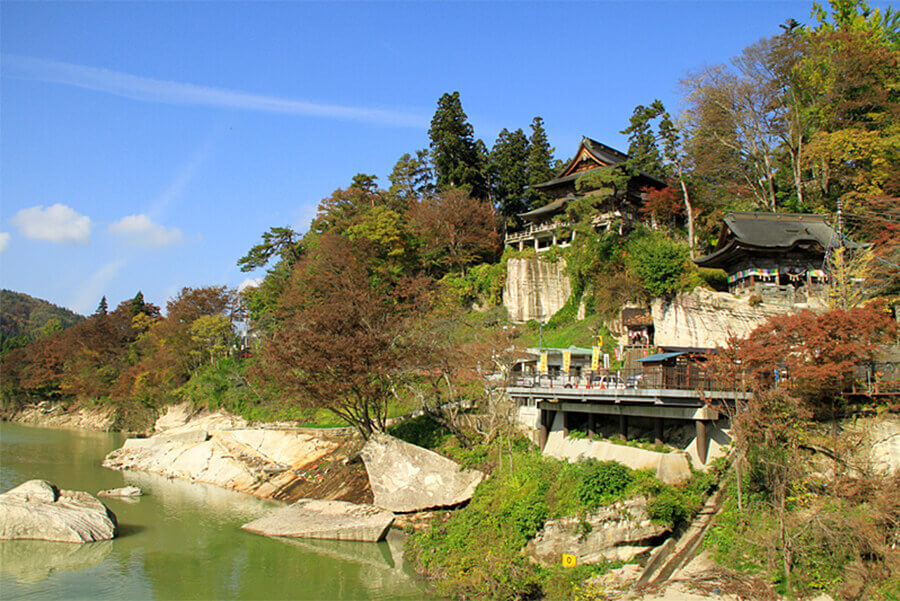 Fukuman Kokuzo Enzoji Temple