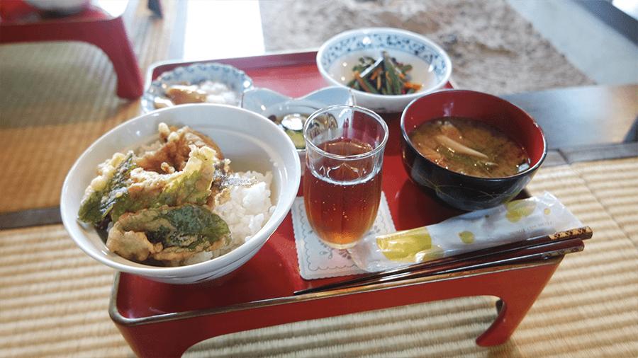 delicious-food-at-minshoku-in-yamagata