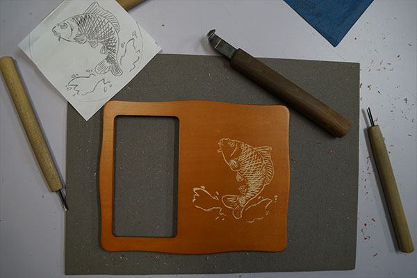 carving-fish