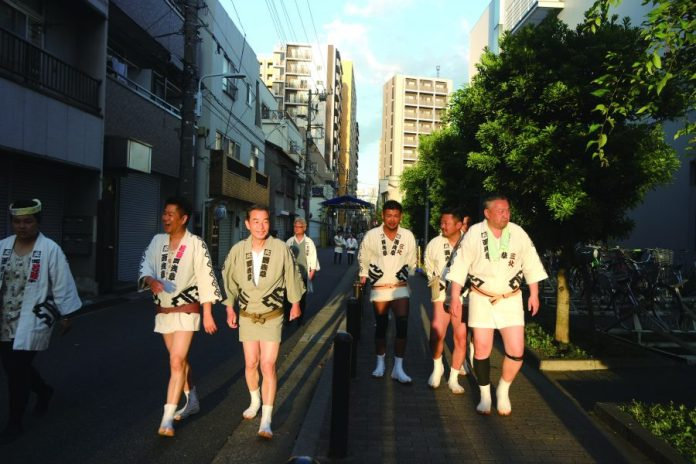 Just after mikoshi togyo, carrying the portable shrine.