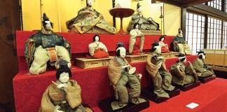 Tsuruoka hina dolls